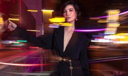 Cựu siêu mẫu Vũ Cẩm Nhung gợi ý đồ dạo phố với phong cách monotone