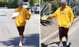 Tự xuống đường phát tờ rơi, Justin Bieber bị mỉa mai 'Hoàng tử nhạc pop' đã hết thời