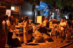 Cháy lớn ở Công ty phích nước Rạng Đông: Hàng chục hộ dân sơ tán, di chuyển đồ đạc khẩn cấp