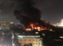 Clip toàn cảnh vụ cháy Công ty bóng đèn phích nước Rạng Đông