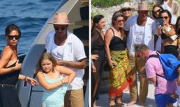 Chộp khoảnh khắc Harper căn chỉnh đồ bơi, David Beckham hết xài dép lê lại đi chân đất tại Pháp