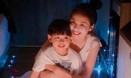 Mừng sinh nhật tuổi 30 bên con trai, Hoa hậu Diễm Hương thừa nhận nỗi ám ảnh về cái gọi là 'già'