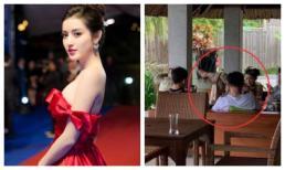 Á hậu Huyền My bị chỉ trích vì dáng ngồi 'phản cảm' tại quán cafe
