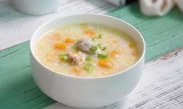 Cháo sườn bí ngô: Món ăn bổ dưỡng cho trẻ
