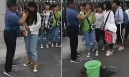 Trang điểm đi học, nhiều nữ sinh bị bắt xếp hàng cho thầy rửa mặt trước khi vào trường