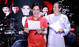 Danh hài Hoài Linh lau mồ hôi cho Quang Hà ngay trong buổi tập nhạc