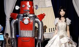 Đám cưới robot đầu tiên trên thế giới được tổ chức tại Nhật Bản