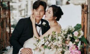 """""""Mẹ"""" Song Joong Ki đẹp ngọt ngào trong bộ ảnh cưới trước thềm hôn lễ"""