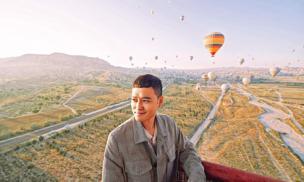 Quang Vinh trải nghiệm cảm giác ngồi trên khinh khí cầu ở Thổ Nhĩ Kỳ