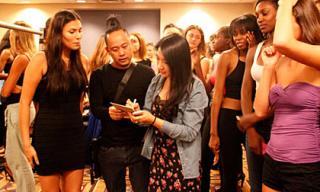 Võ Việt Chung casting người mẫu tại 'Couture Fashion Week in New York'