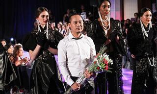 """Võ Việt Chung gây sức hút tại """"New York Couture Fashion Week"""""""