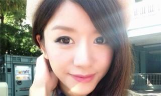 Sinh viên 'chết đứ đừ' với cô giáo dạy tiếng Nhật xinh đẹp nhất Trung Quốc