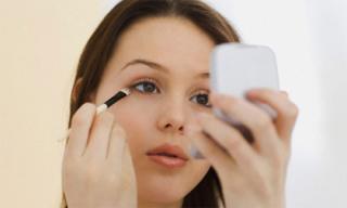 Mẹo trang điểm giúp che nám, tàn nhang cực nhanh