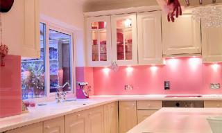 Những mẫu kính tường bắt mắt cho phòng bếp (Phần 2)