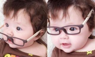 Con gái Elly Trần đeo kính làm 'cụ già' siêu đáng yêu
