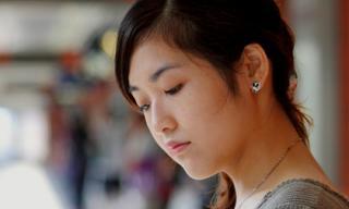 Bị 'nẫng' mất người yêu vì… ham khoe trên facebook