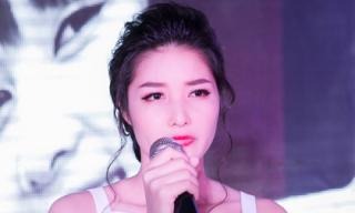 Triệu Thị Hà khóc nức nở trong tiệc sinh nhật