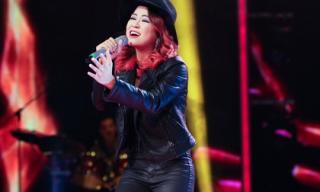 Trần Hà Nhi lọt Top 3 thí sinh xuất sắc nhất Vietnam Idol tập 8