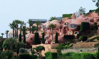 Khách sạn có kiến trúc kỳ lạ nhất thế giới