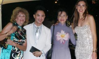 """Ngô Nhật Huy """"hội ngộ"""" người phụ nữ Việt nổi tiếng thế giới"""
