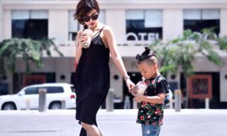 Lộ ảnh cực chất của hot girl hình xăm nổi tiếng Việt Nam cùng con trai