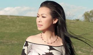 Khánh Ly bình tâm về nước sau cú sốc mất chồng