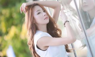 Siêu mẫu Hàn 'sát trai' nhờ vẻ đẹp hút hồn