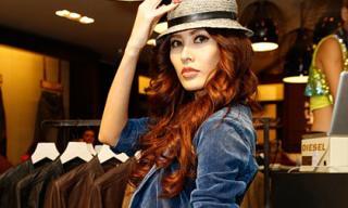 Thanh Hoài tái xuất quyến rũ cùng thời trang Jean