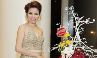 Hoa hậu Bùi Thị Hà hội ngộ sao trẻ showbiz Việt