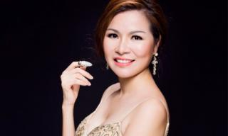 Hoa hậu Quý bà Bùi Thị Hà - bà mẹ 3 con tài sắc bậc nhất showbiz Việt