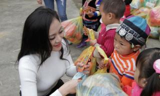 Minh Chánh Entertainment mang Xuân ấm áp tới người dân nghèo miền núi