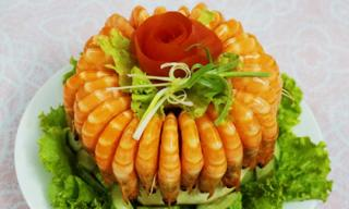 Học làm món tôm hấp dừa để đổi vị cho cả nhà dịp cuối tuần