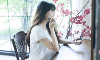 Minh Hà khoe vẻ đẹp không tì vết dù mang bầu lần thứ 4