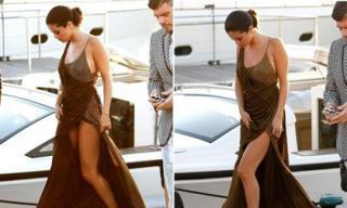 Loạt ảnh lỗi thời trang hớ hênh khiến Selena Gomez 'muối mặt'