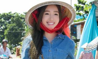 Elly Trần giản dị đi từ thiện tại miền Tây
