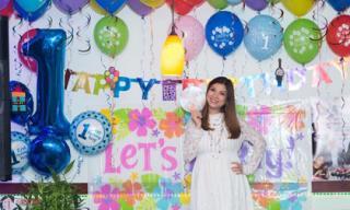 Phạm Thanh Thảo tổ chức chung tiệc đầy tháng, sinh nhật cho hai con