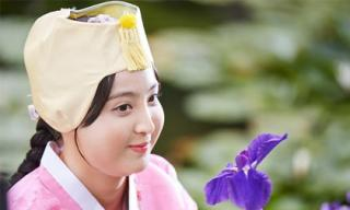 Bóc mẽ nhan sắc thật của nàng công chúa béo nhất màn ảnh Hàn