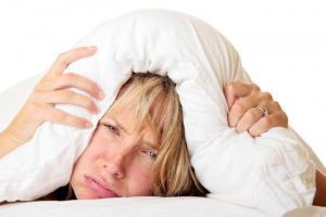 Trùm chăn kín đầu khi ngủ là một trong những nguyên nhân nhanh chết