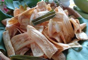 Cách làm bim bim chuối ngon không kịp để bé ăn