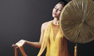 Bật mí trang phục dân tộc ấn tượng của Nguyễn Thị Loan tại Hoa hậu Hòa Bình Quốc tế