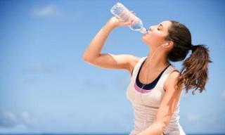 Cảnh báo: Uống nước khi không khát có thể giết bạn bất cứ lúc nào
