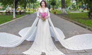 Hoa hậu Lê Thanh Thúy mê hoặc mọi góc nhìn bởi bộ dạ hội quyền lực