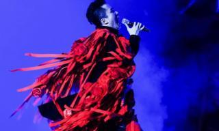 Monsoon Music Festival đêm thứ 2: Tùng Dương 'độc - dị' kém gì sao quốc tế