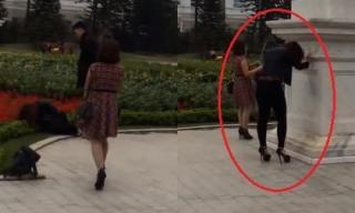 Nam thanh niên đánh đập bạn gái dã man giữa trung tâm thương mại
