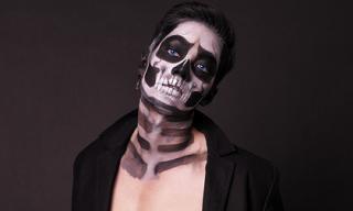 Minh Giang biến hóa thành 'Skull Face Boy'