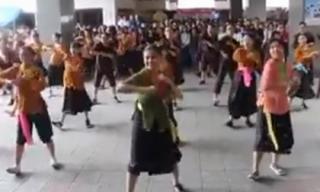 Màn nhảy sôi động trên nền nhạc 'Bống bống bang bang' hút triệu lượt xem