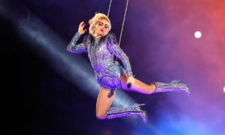 Lady Gaga và màn trình diễn 'siêu đẳng' tại sự kiện thể thao lớn nhất Mỹ