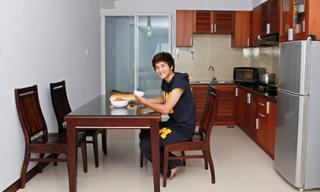 Khám phá căn hộ diễn viên Huỳnh Anh đang sống