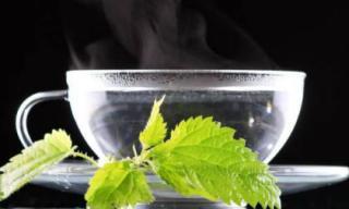 Những điều thần kỳ sẽ xảy ra nếu bạn uống nước ấm khi đói