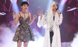 Giọng hát thảm họa của cô nàng xinh đẹp khiến Miu Lê 'đứng hình'